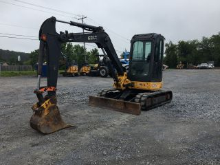 2009 John Deere 50d Mini Excavator W/cab photo