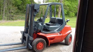 2004 Linde Forklift 10,  000lb photo