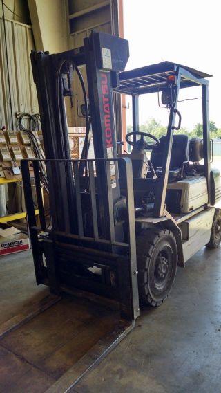 4,  000 Pound Komatsu Forklift photo