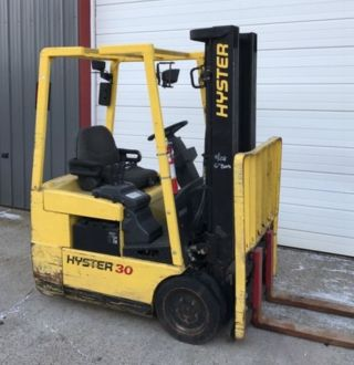 Hyster Forklift Electric 3000lb photo