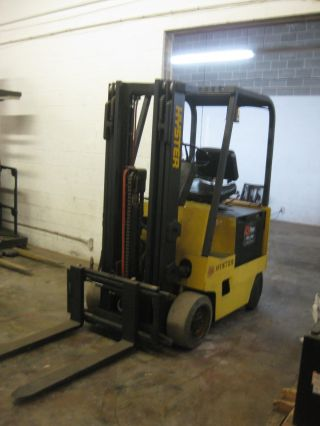 Hyster Electric Forklift - 4,  000 Cap,  3 Stage Mast,  Good Shop Truck,  Good Battery photo