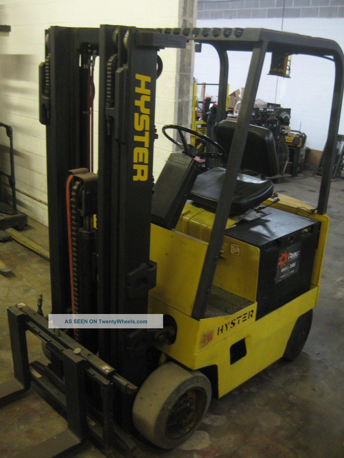Hyster Electric Forklift 4 000 Cap 3 Stage Mast Good