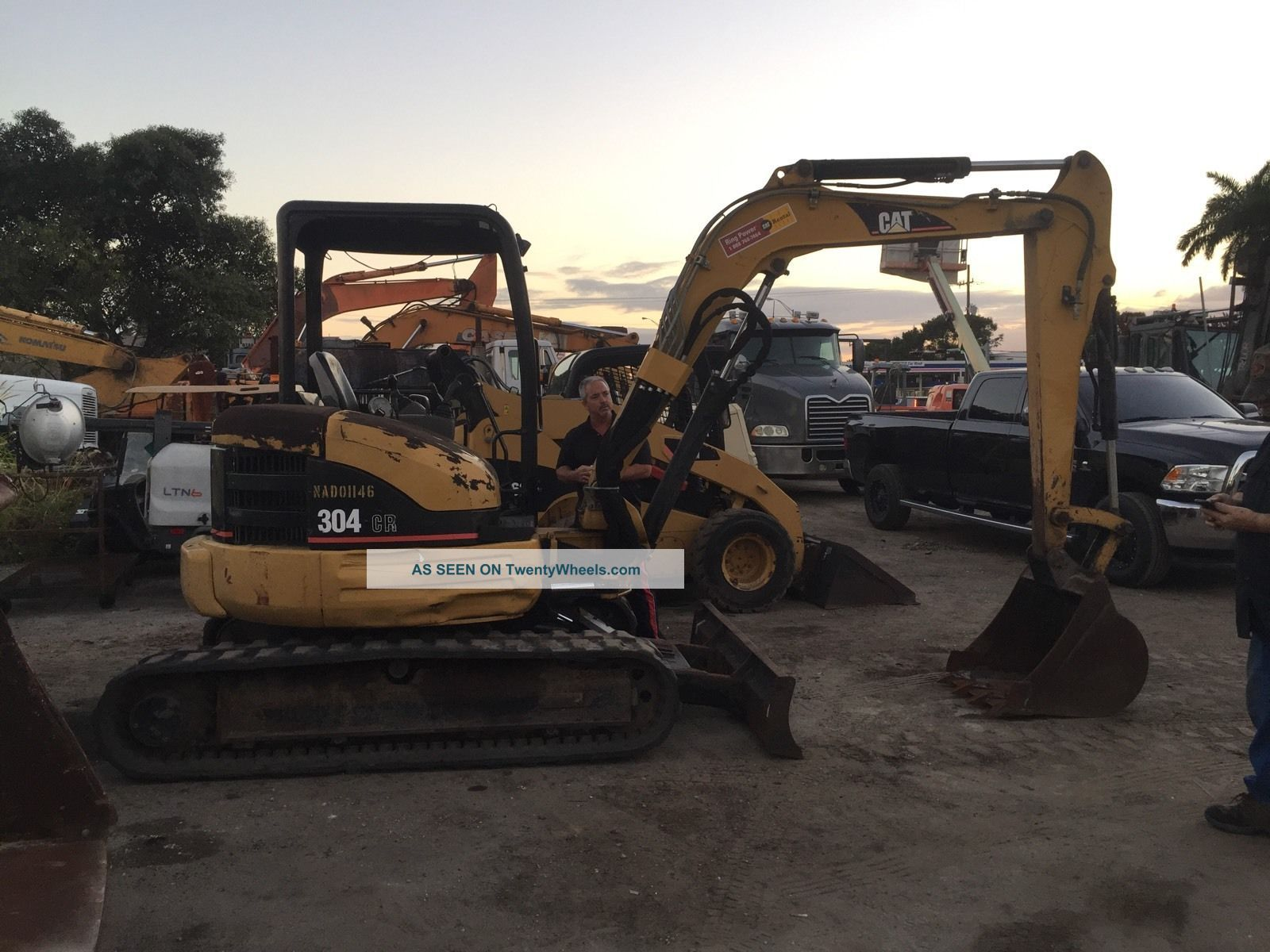 2004 Caterpillar Cat 304cr Mini Excavator Only 2557 Hours See more 2004 Caterpillar CAT 304CR Mini Excavator Only... photo