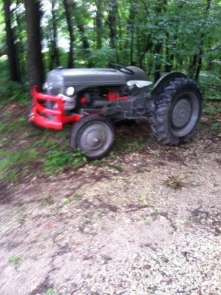 Ford/ferguson 9n Tractor photo