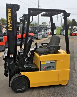 Hyster Electric J30xm 3000lb 3 Wheeler Forklift Lifttruck photo