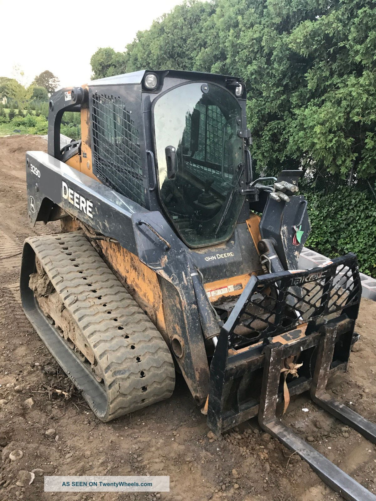 John Deere 329d Multi Terrain Loader High Flow Low Reserve Skid Steer Loaders photo