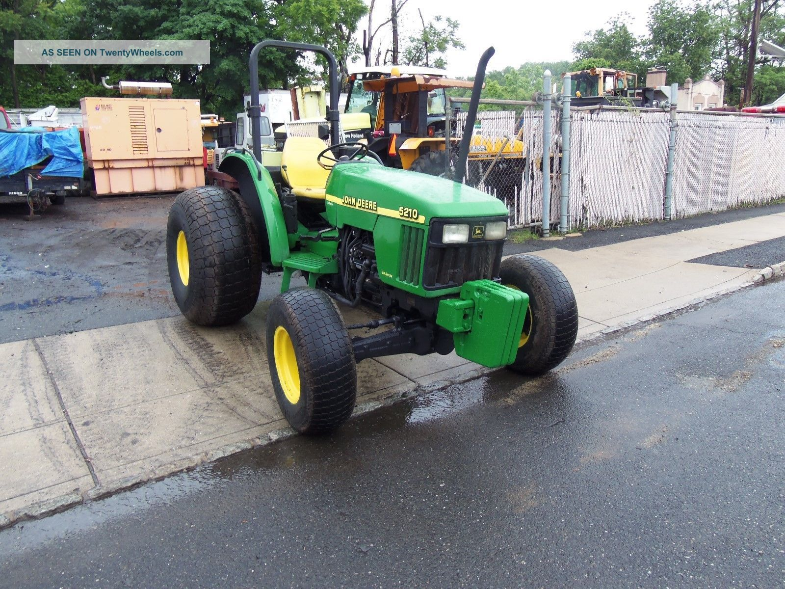 John Deere 5210 4x4 Tractor Daul Remotes Three Point Hitch Tractors photo