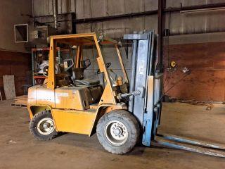 7,  000 Clark C500 - Ys80 Forklift 72