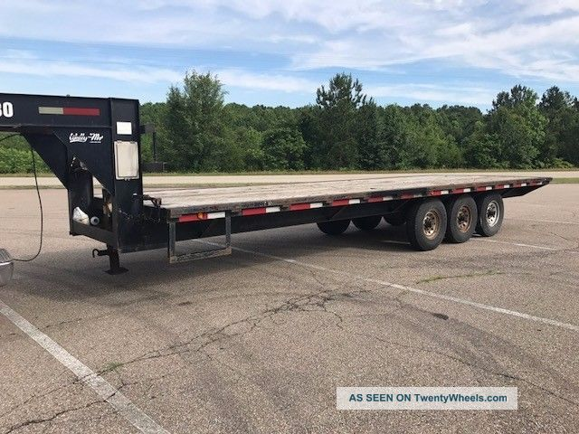 25 ' Gooseneck Flatbed Hotshot Trailer Triple Axles Electric Over Hydraulic Brake Trailers photo