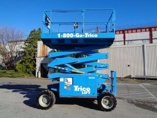 2009 Mec 3072rt 4x4 Rough Terrain 30ft Scissor Aerial Man Boom Lift photo