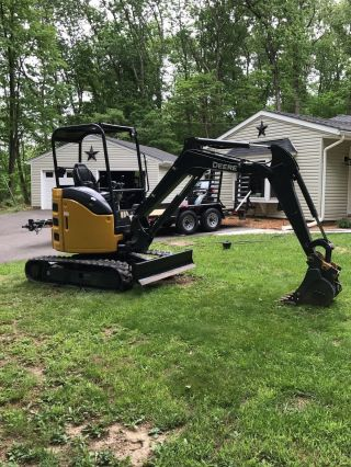 2016 John Deere 26g Trackhoe Mini photo