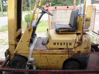 Hyster S30a Forklift photo