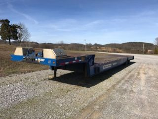 Trail King 40 Ton Lowboy photo