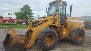 Dresser 520b Loader / Coupler And Aux.  Hydraulics photo