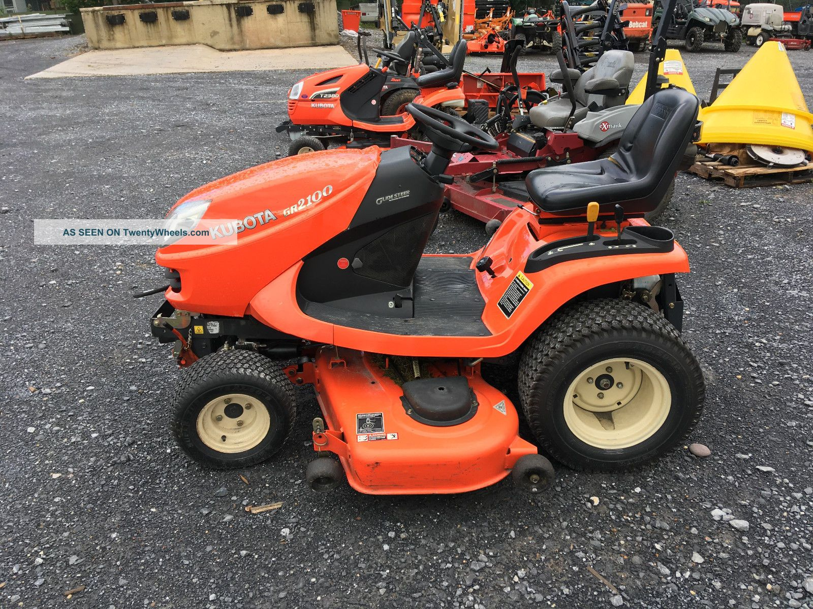 Gr 2100 With Snowblower Tractors photo