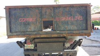 1992 Ford F700 Roofing Truck Dump/scissor Lift photo