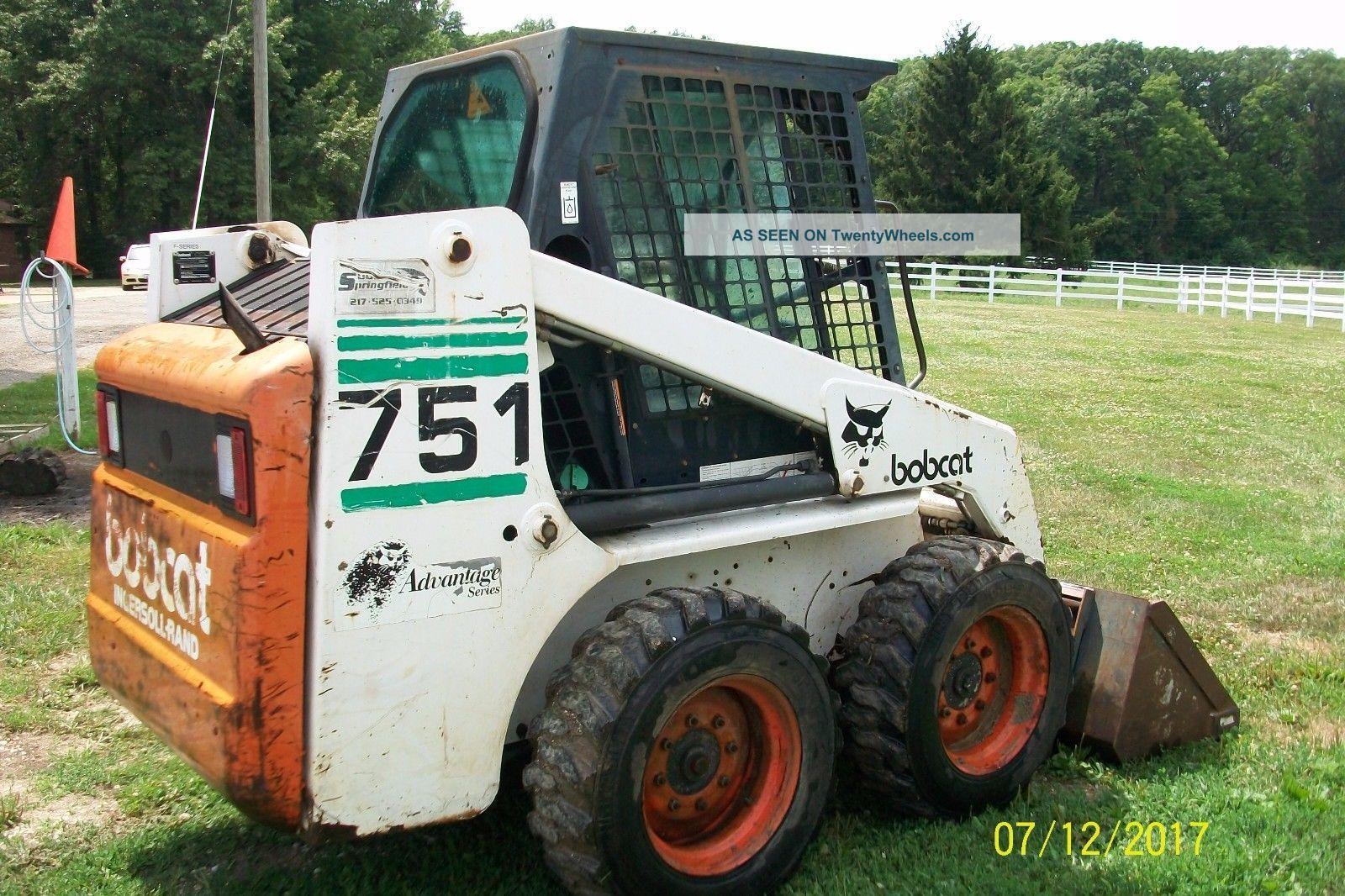 Bobcat 751 Loader / 60 Inch Smooth Bucket Skid Steer Loaders photo