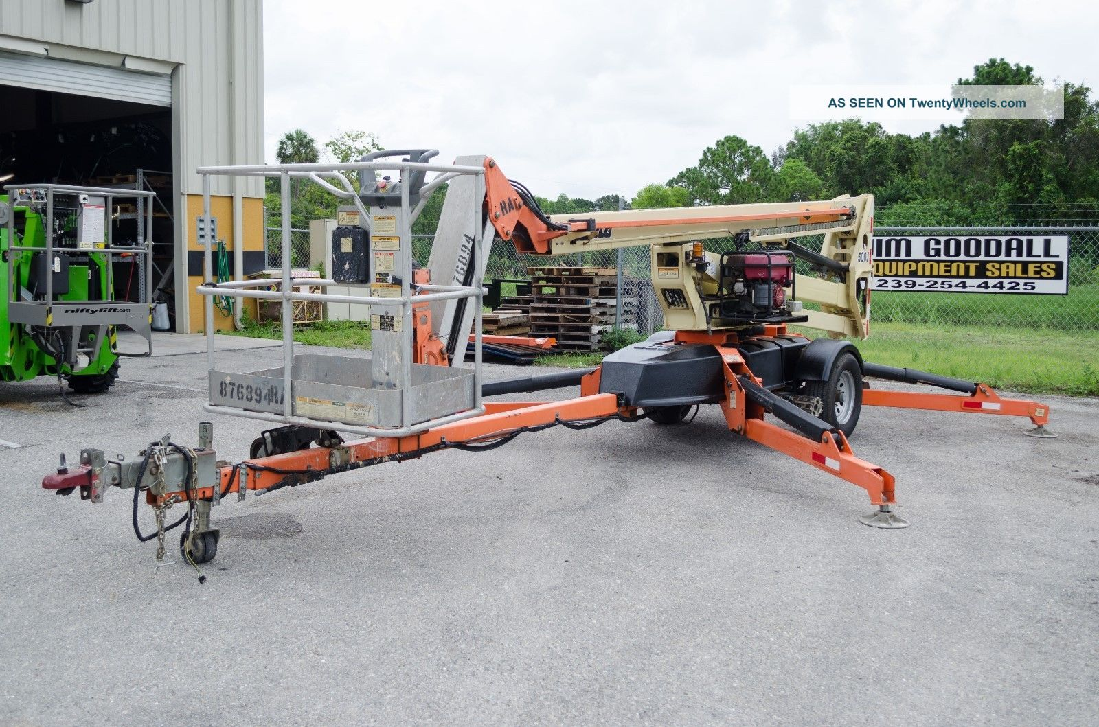 Jlg T500j 56 ' Tow Pro Towable Boom Lift,  W/hydrauic Wheel Drive & Generator,  2011 See more JLG T500J 56' Tow Pro Towable Boom Lift 2012 B... photo