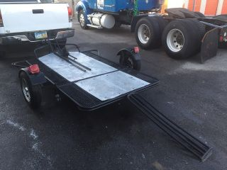 Stand Up Droptail Motorcycle Trailer photo