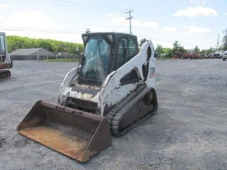 2011 Bobcat T190 Tracked Skid Steer Loader W/ Cab photo