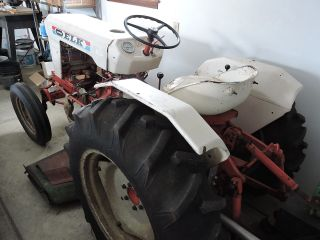 Satoh 550g Tractor With Finish Mower photo