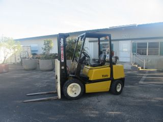 Yale Glp060 6000 Lb Forklift Pneumatictires Automatic Propane Side Shift 398 Hrs photo