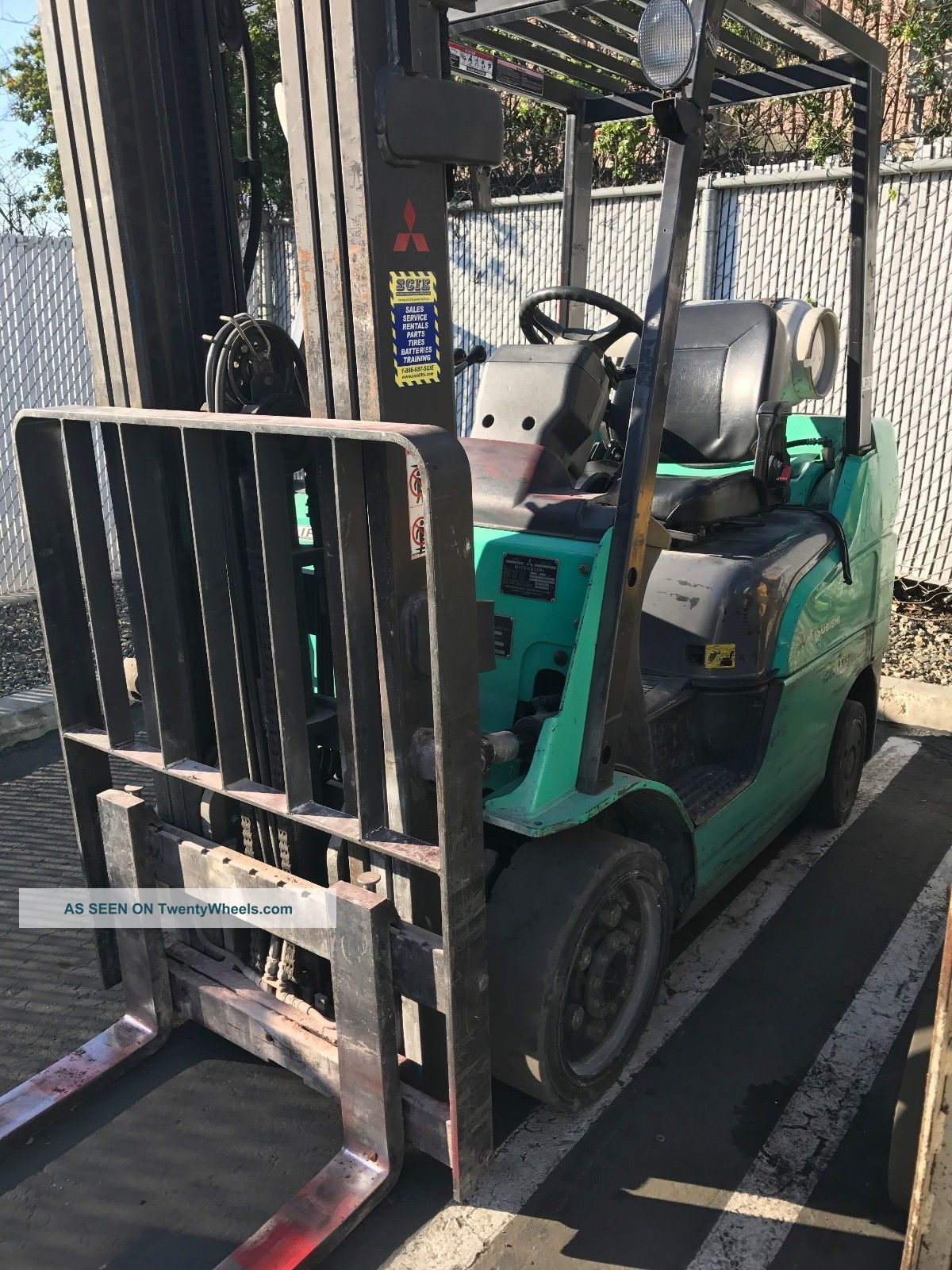 2004 Mitsubishi Fgc25n 5,  000lbs Lpg Pneumatic (scie Inc) Forklifts photo