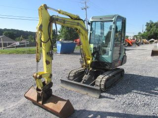 2010 Yanmar B25v Mini Excavator W/ Cab photo