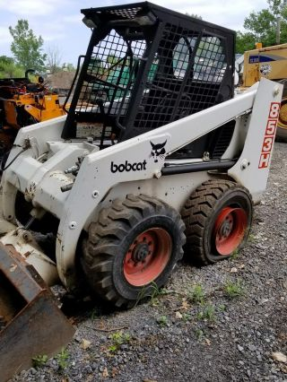 Bobcat Skid Steer 853h photo