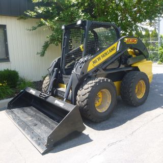 Holland L230,  2012,  Skid Steer,  90hp Diesel,  3,  180 Hours,  84 Inch Bucket photo