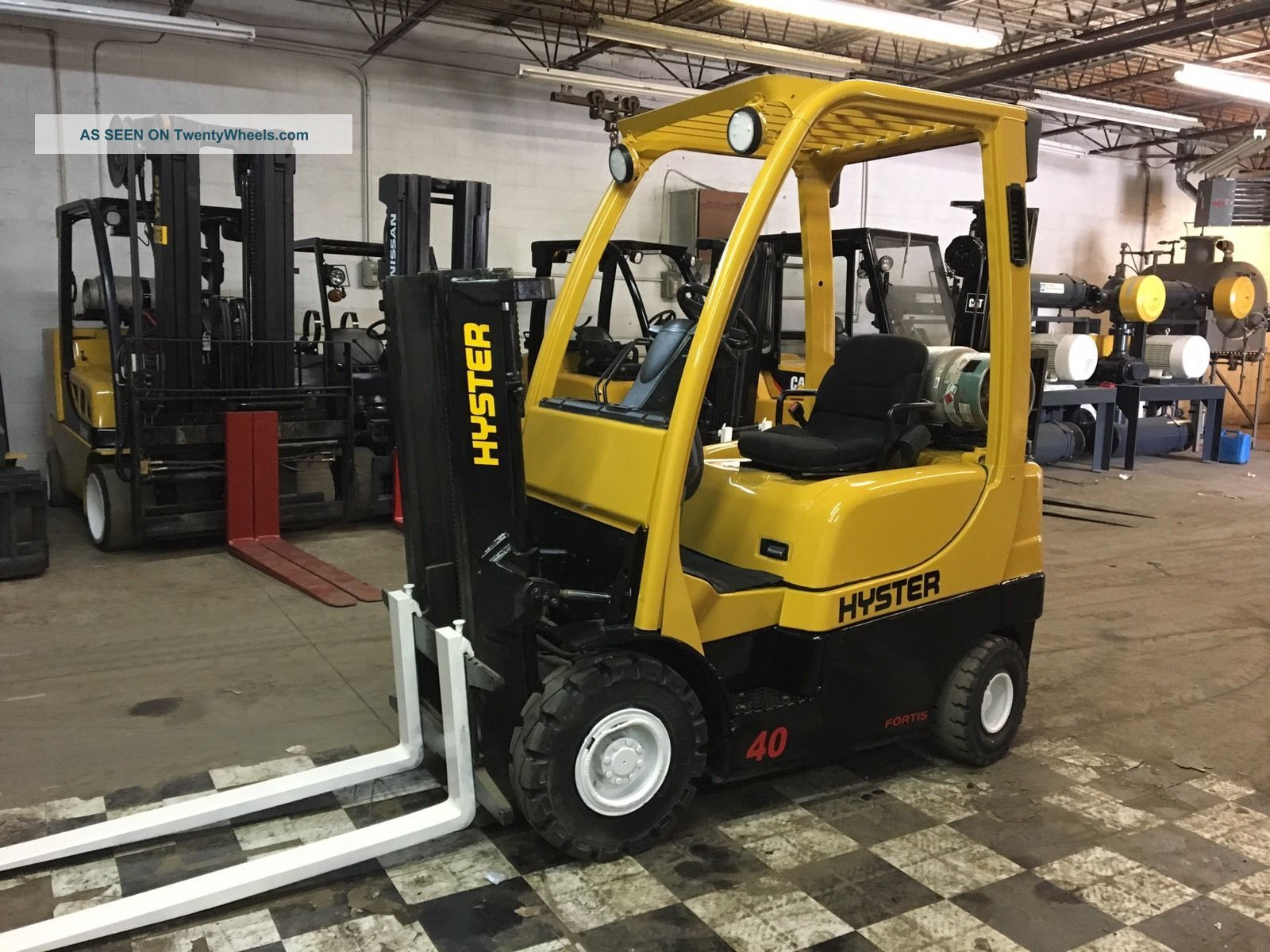 2008 Hyster Pneumatic Forklift 4000 Pound Capacity Forklifts photo