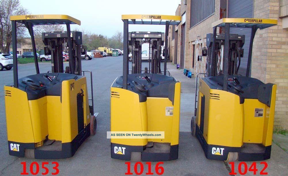 Caterpillar Ec20ks Stand Up Cat Narrow Isle Forklift Stacker 36v Side Shift 20ft Forklifts photo