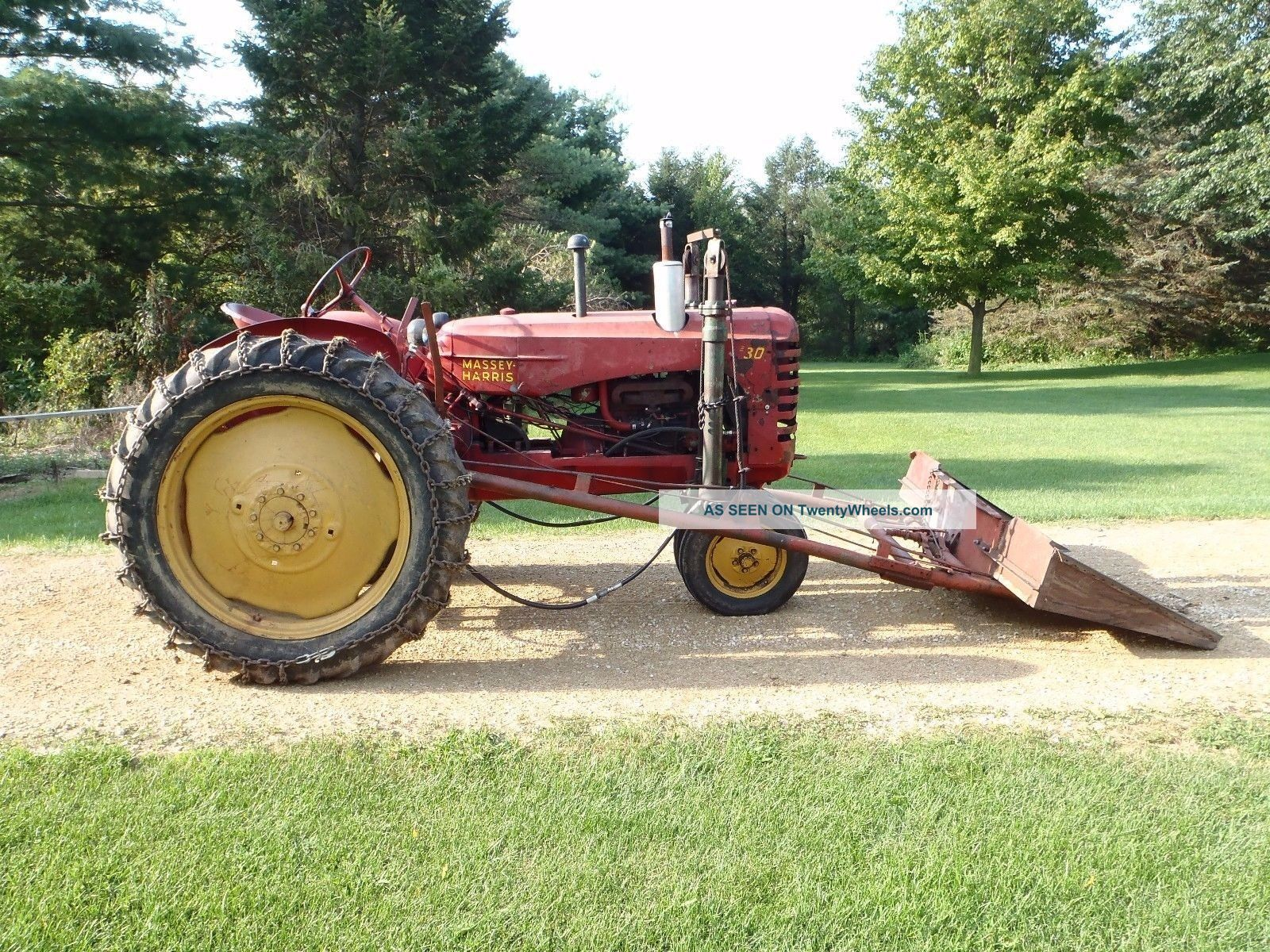 Antique 1951 Massey Harris 30 Farm Tractor With Rare Loader  Vintage Antique & Vintage Farm Equip photo